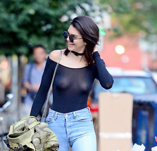 Kendall Jenner se dévoile seins nus sous un top transparent sur Instagram.
