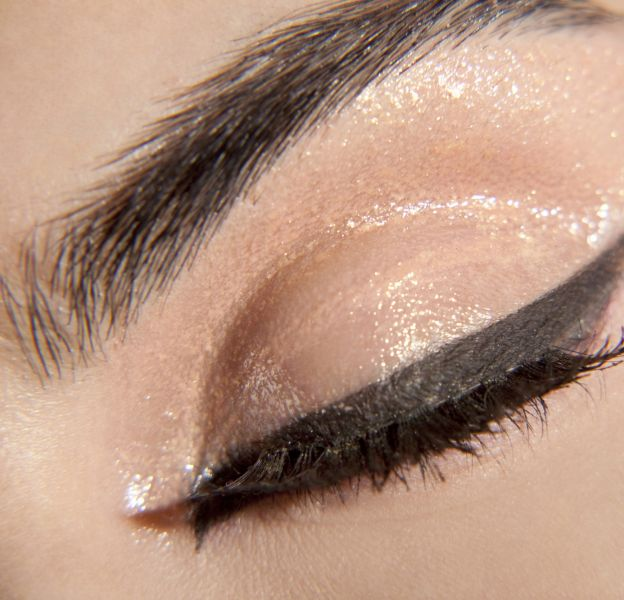 Comment mettre ses yeux en valeur avec de l'eyeliner ?