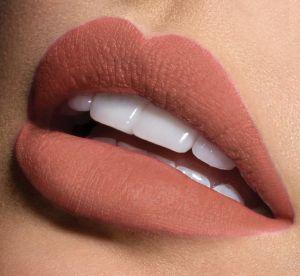 3 rouge à lèvres nude qui tiennent toute la journée