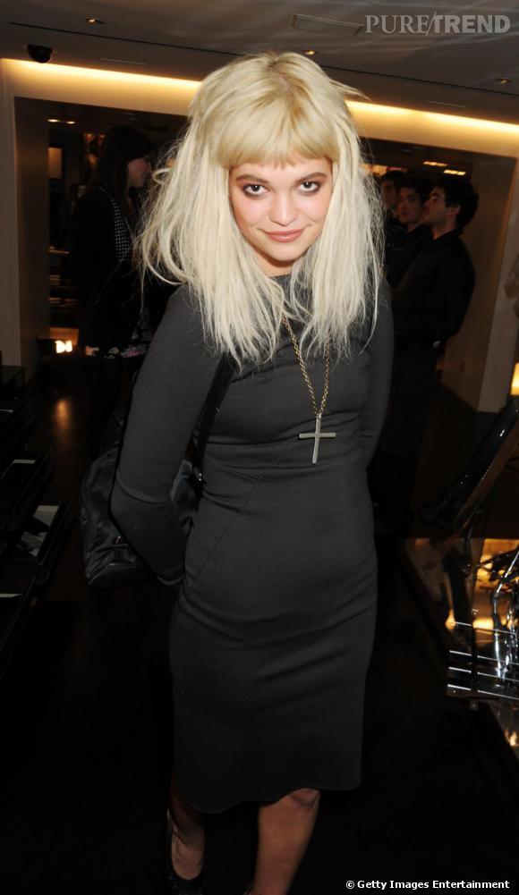 Pixie Geldof  chez Burberry pour la Vogue Fashion Night