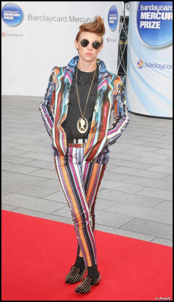 La Roux qui a un look plus excentrique adopte quant à elle les ballerines cloutées de Louboutin qui ont déjà un succès fou