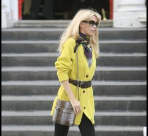 Claudia Shiffer, un look so british