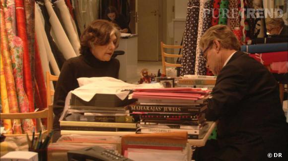 """Extrait du film  """"Yves Saint Laurent, 5 avenue Marceau 75116 Paris""""  de David Teboul   Anne-Marie Muñoz et Yves Saint Laurent"""