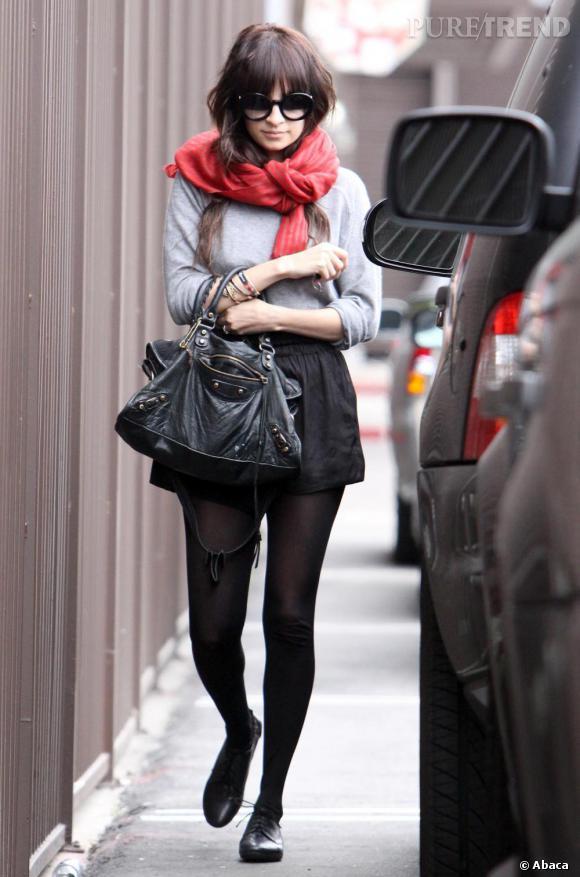 Nicole Richie habituée du style bohème change de look.