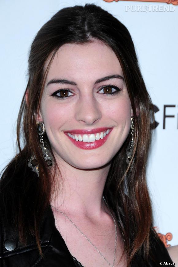 Le sourire charmeur d'Anne Hathaway a conquis Los Angeles.