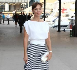 Natalie Imbruglia, un joli matelot sur le port de Cannes