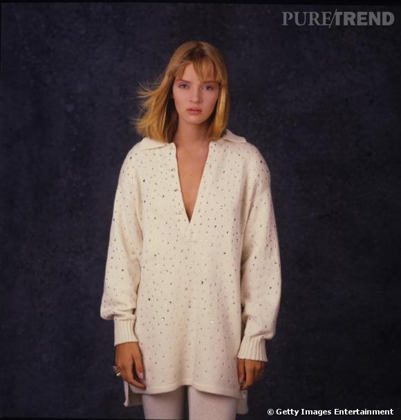 Visage éteint et pull en laine et strass, en 1985 Uma Thurman est loin de la sulfureuse actrice de Pulp Fiction