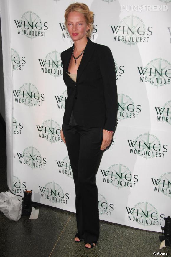 Uma Thurman retente le look masculin-feminin, avec succès