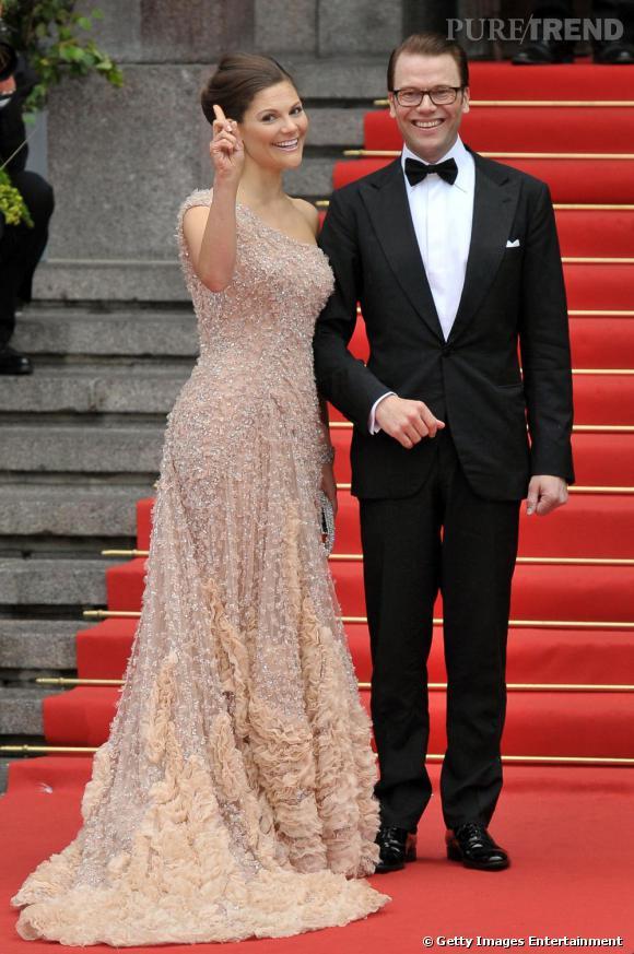 Princesse Victoria choisit Elie Saab pour sa somptueuse cérémonie de mariage.