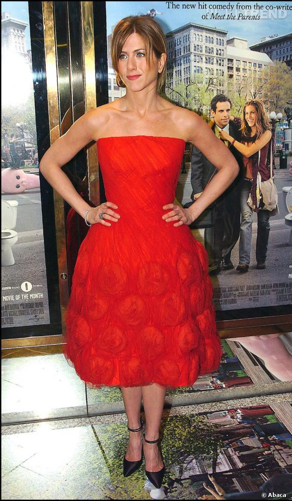 Jennifer aniston robe rouge