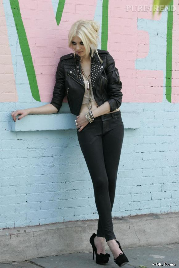 Taylor Momsen pour Material Girl Collection