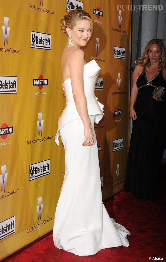 Numéro 1 : le blanc, l'actrice opte souvent pour le blanc immaculé, un vrai succès.