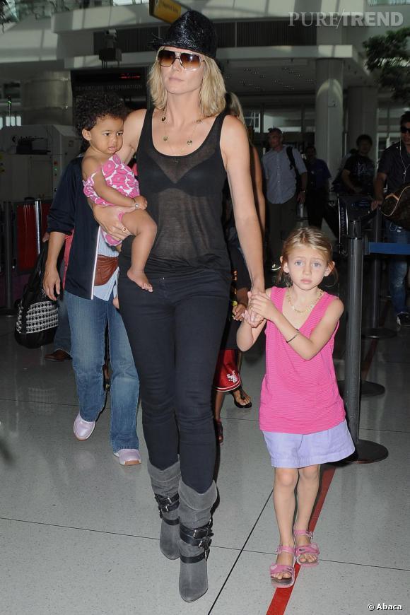 Heidi Klum avec ses enfants à l'aéroport de JFK à New York.
