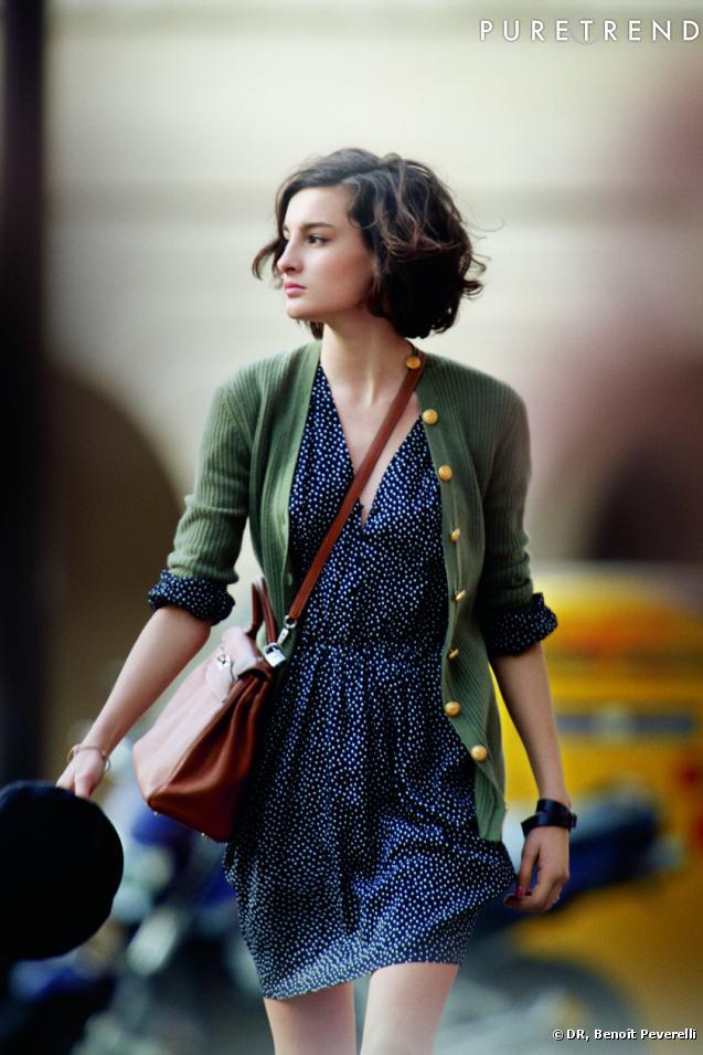 9576244c910 Фактически Франция изобрела моду. Довольно рано щёгольство в одежде стало  там таким же естественным и обыденным