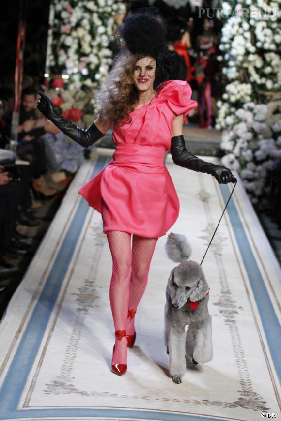 Anna Dello Russo défilé pour Lanvin et M&M.