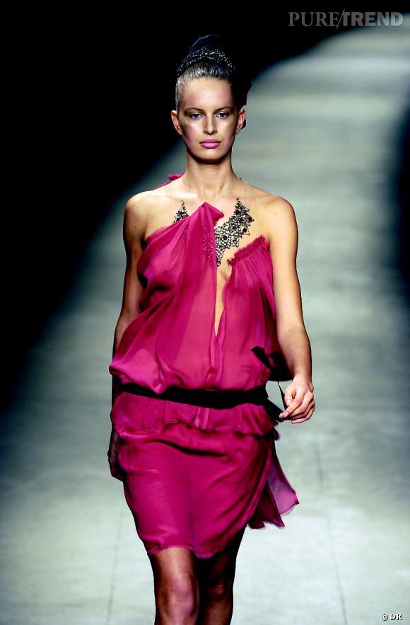Histoire idéale de la mode contemporaine vol. II   1990-2000 Autre vision de 7b389c7a4e1
