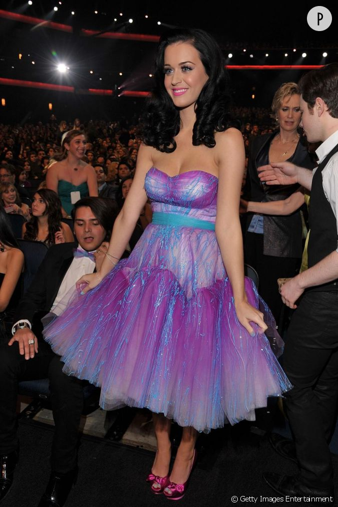 Katy une barbie acidul e grandeur nature - Barbie grandeur nature ...