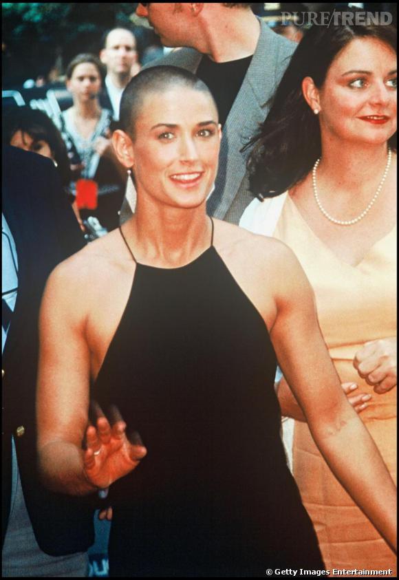 """Demi Moore : pour le film """"A Armes Égales"""" l'actrice est passée sous la tondeuse."""