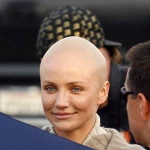 """Cameron Diaz : l'actrice s'est complètement rasé le crane pour le film """"Ma Vie pour la tienne""""."""