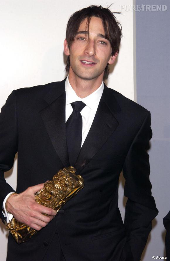 """2003    Adrien Brody sacré """"Meilleur Acteur"""" pour son rôle dans """"Le Pianiste""""."""