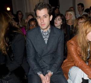 Mark Ronson chez Temperley London.