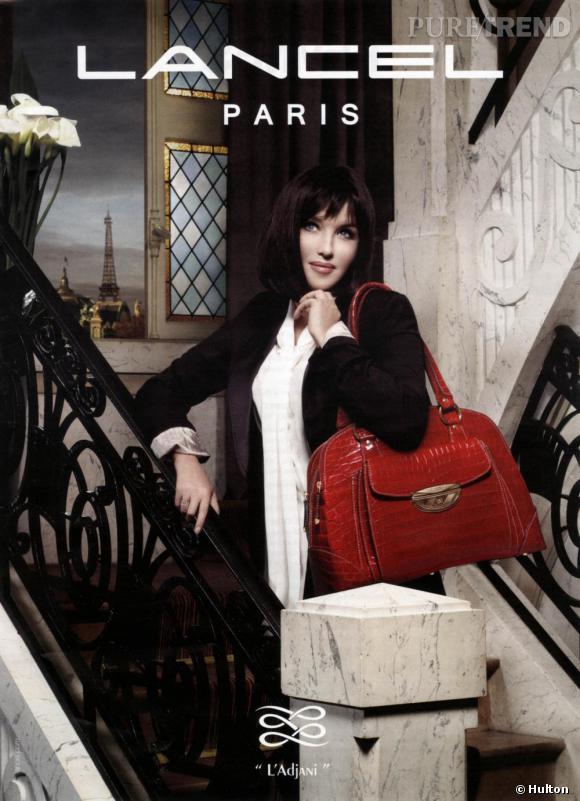 Élégance 20's, cuir racé, le sac Adjani par Lancel s'impose comme un it-bag. Plus qu'une égérie, c'est l'actrice elle-même qui le dessine.