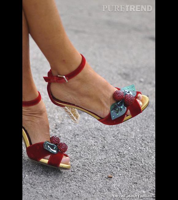 A qui sont ses pieds gourmands ? Anna Dello Russo of course !