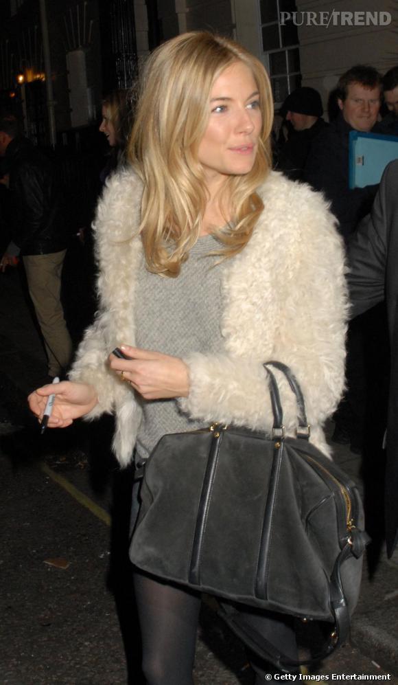 Sienna Miller au lancement de la nouvelle collection Twenty8Twelve, à Londres.