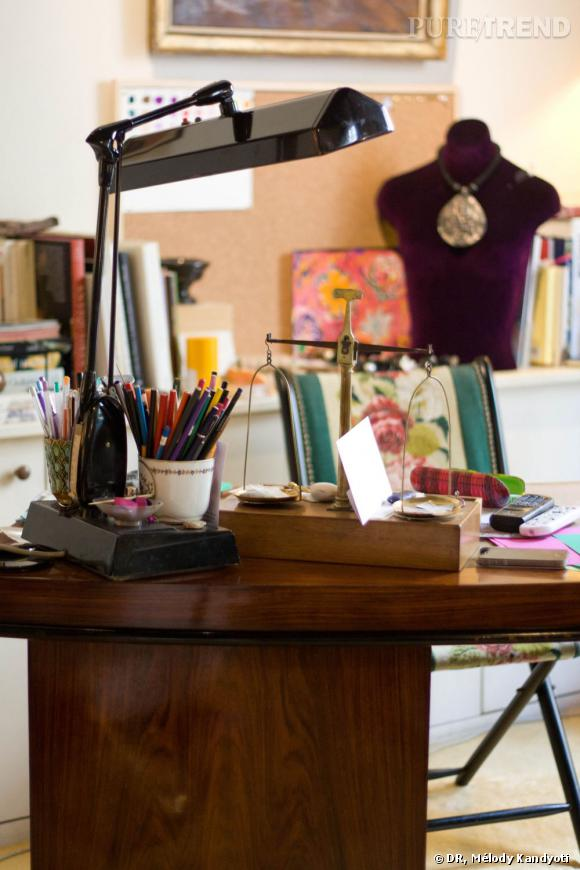 Dans le bureau de Sylvie Corbelin.
