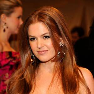 Isla Fisher a choisi de porter des pendants d'oreilles House of Lavande.