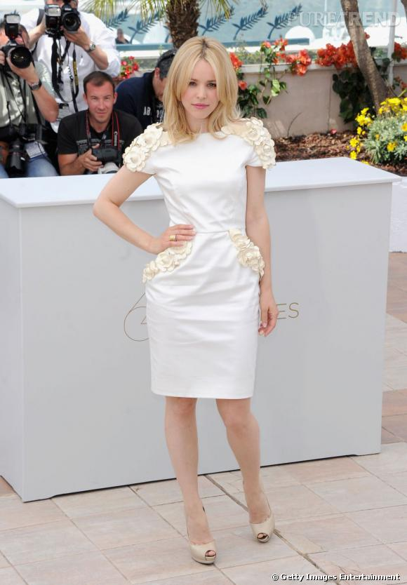 "Rachel McAdams éblouissante lors du photocall de ""Midnight in Paris ""en Maxime Simoens Couture."