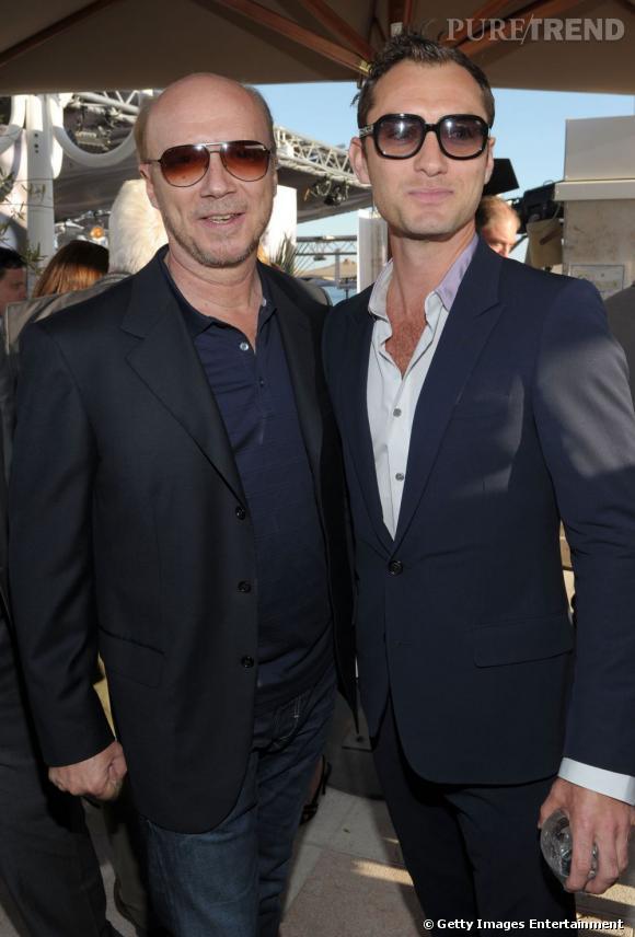 Jude Law aux côtés de Paul Haggis.