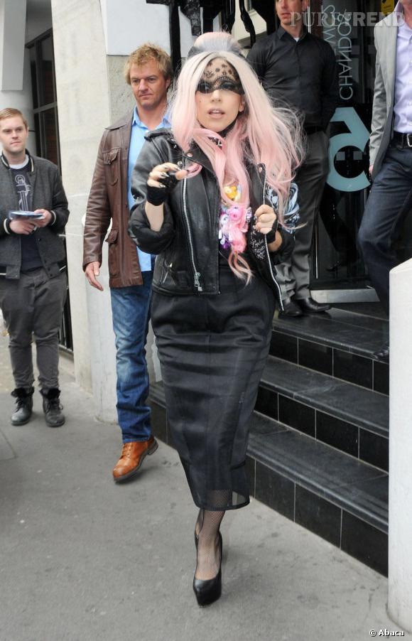 Lady Gaga dans les rues de Londres.