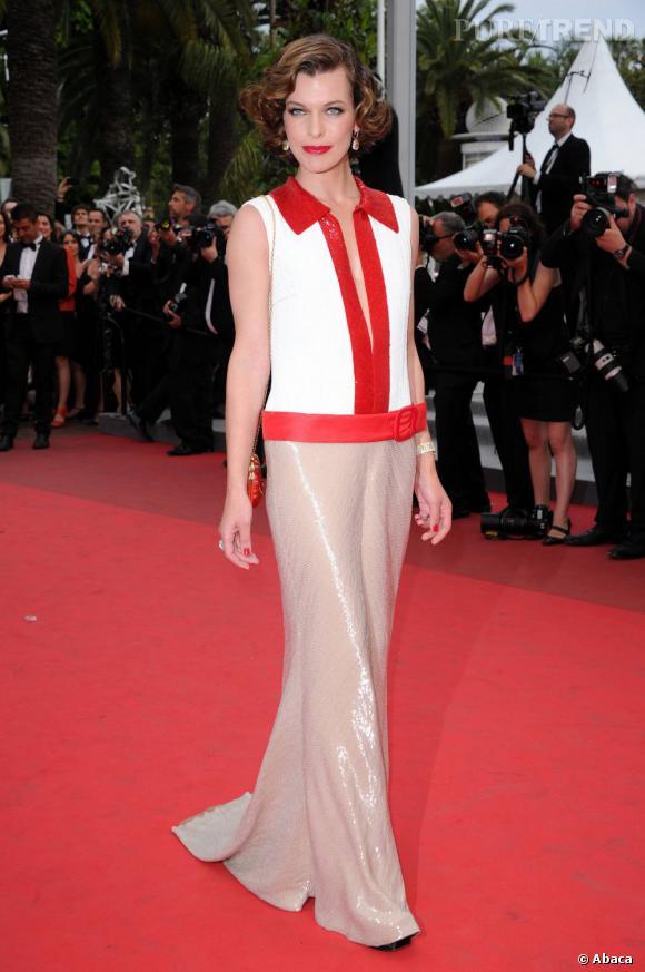 """Milla Jovovich, à Cannes, pour l'avant-première du film """"La Conquête""""."""