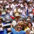 Milieux des années 80, place aux couleurs flashy comme pour Martina Navratilova grande gagnante en 1982 et 1984.