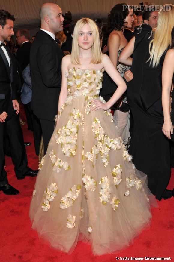 Dakota Fanning vient d'ajouter un nouveau palmarès à sa jeune carrière : celui d'égérie pour Marc Jacobs.