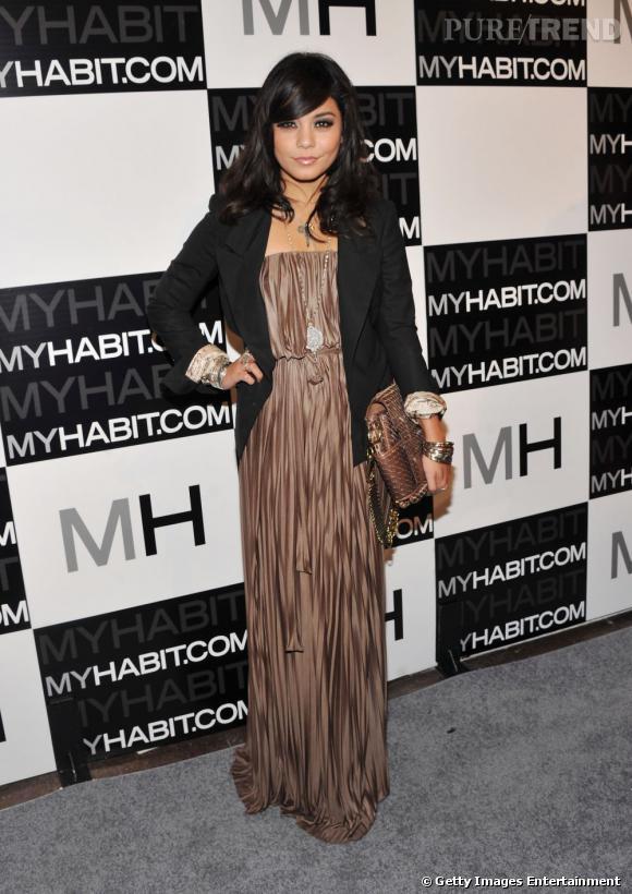 Après High School Musical, Vanessa Hudgens s'illustre dans le domaine de la mode en devenant égérie pour Candies.