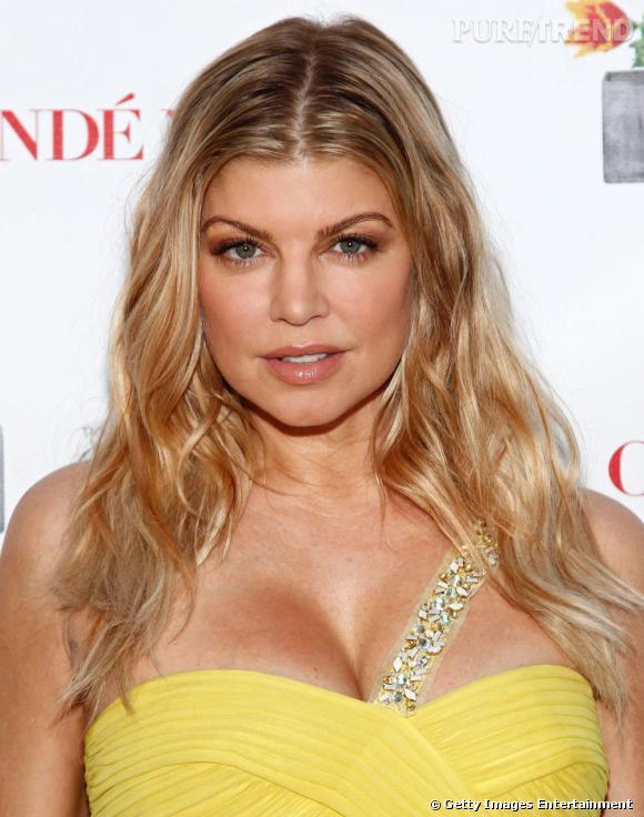 Nom  : Fergie  La chanteuse aurait déjà dépensé 20.000 euros en chirurgie esthétique du visage.