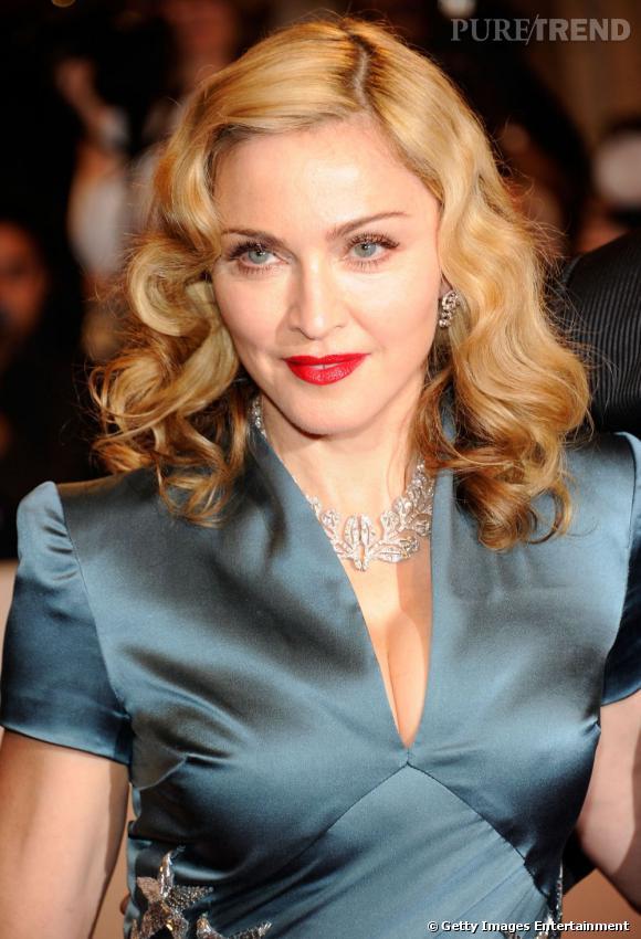 Nom :  Madonna   Pour son 52e anniversaire en août dernier, la star de la pop avait prévu un budget d'environ 140.000 euros de chirurgie esthétique.