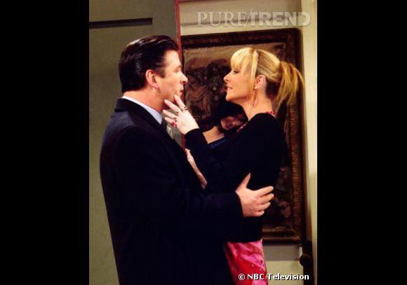 Saison 8, le petit ami particulièrement enthousiasme de Phoebe incarné par Alec Baldwin va vite devenir son pire cauchemar.