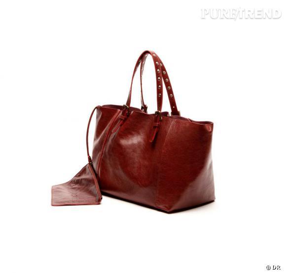 """Le petit nouveau de Gérard Darel : le """"Simple Bag"""" !    Version rouge, 250 € du 23 au 30 juin, à shopper sur  www.gerarddarel.com"""