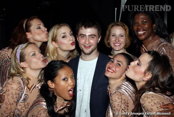 2008 :  Daniel Radcliffe laisse de côté ses deux petits copains pour une ribambelle de jeunes femmes. Nous sommes bien loin de l'époque où on s'extasiait sur sa bouille de baby teenager.