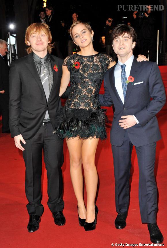 2010 :  en robe vintage Rafael Lopez, Emma est sublime. Idem pour ses deux acolytes toujours tendances.