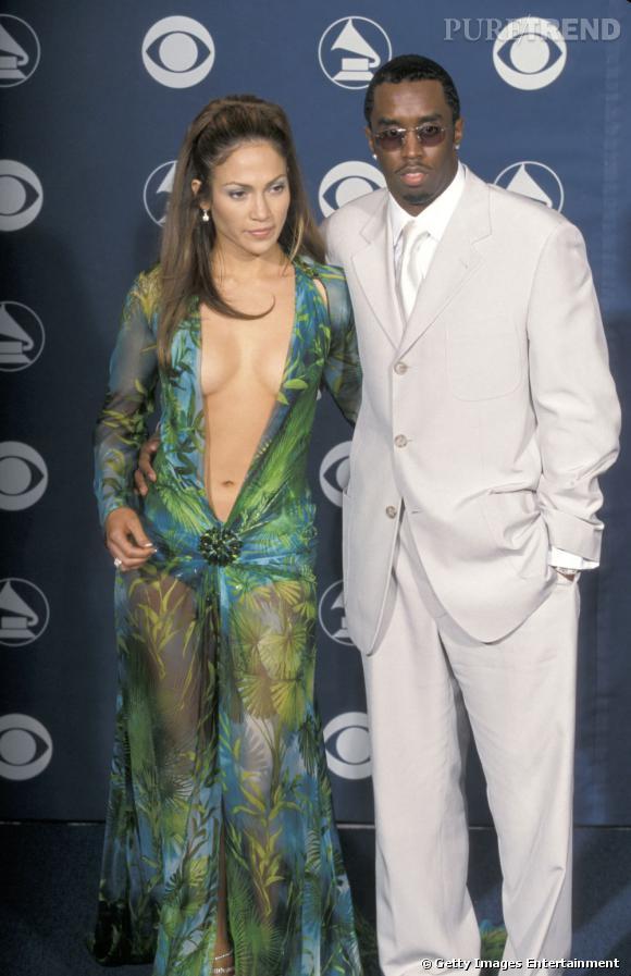 """Jennifer Lopez et Sean """"Diddy"""" Combs, un couple des plus """"tape à l'oeil"""" qui dura 2 ans."""