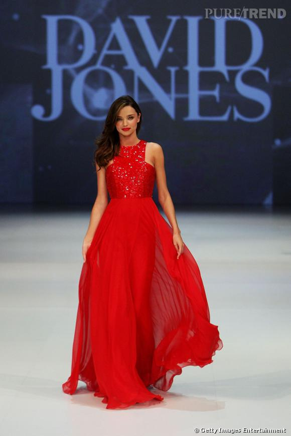 Robe rouge de princesse