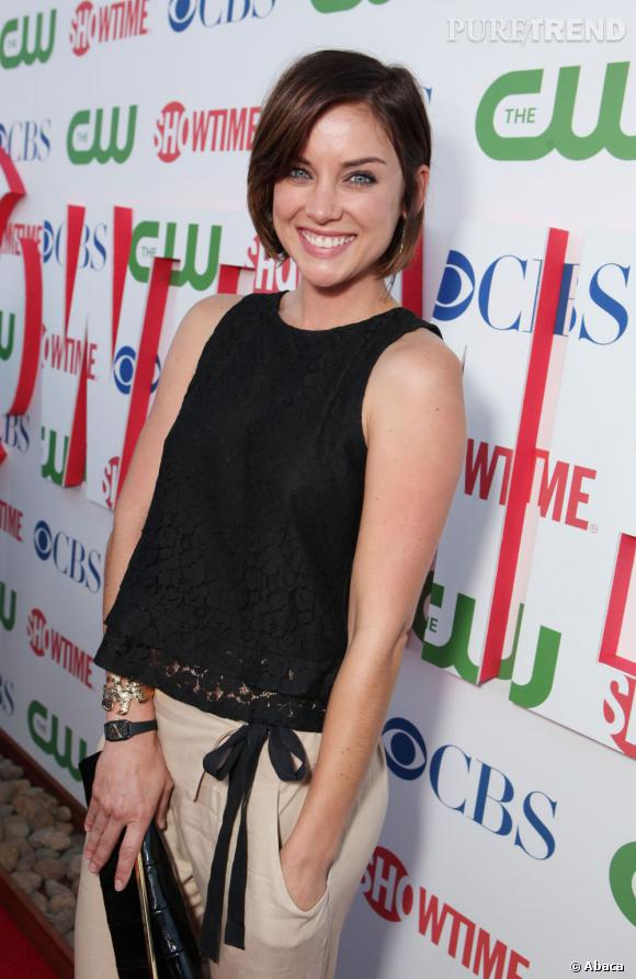 Jessica Stroup à la soirée CBS, The CW et Showtime à Los Angeles.