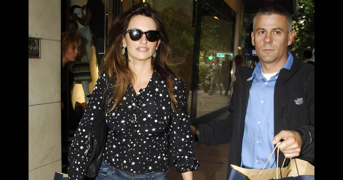 Pour une virée shopping chez Zara, Penelope Cruz ne ...
