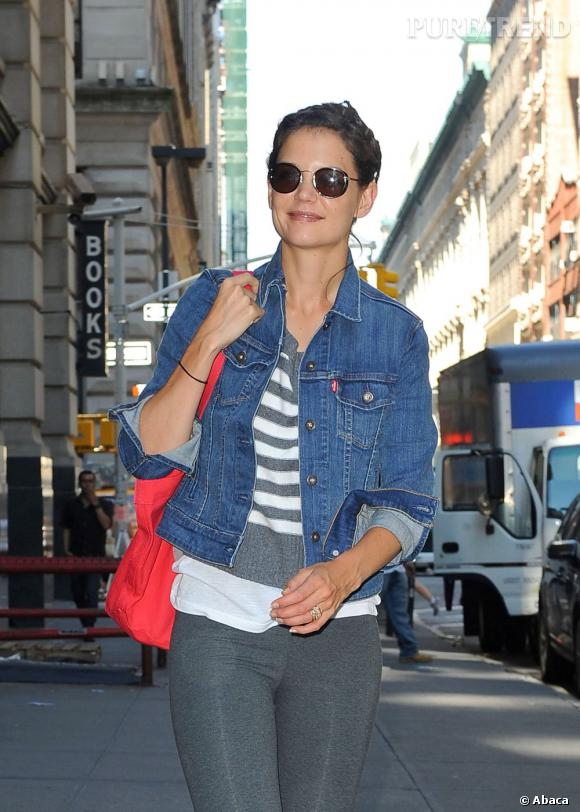 Katie Holmes en balade dans les rues de New York.