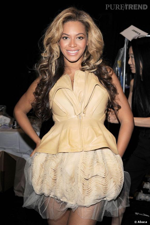 Beyoncé en backstage du défilé Vera Wang à New York.