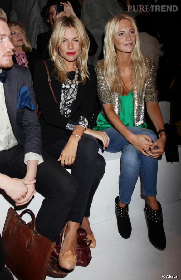 Sienna Miller et Poppy Delevingne très sages au défilé Printemps-Été 2012 Matthew Williamson.